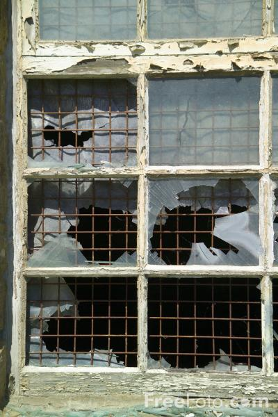 Can a Broken Windows approach to crime fighting lower violent crime in Stockton?