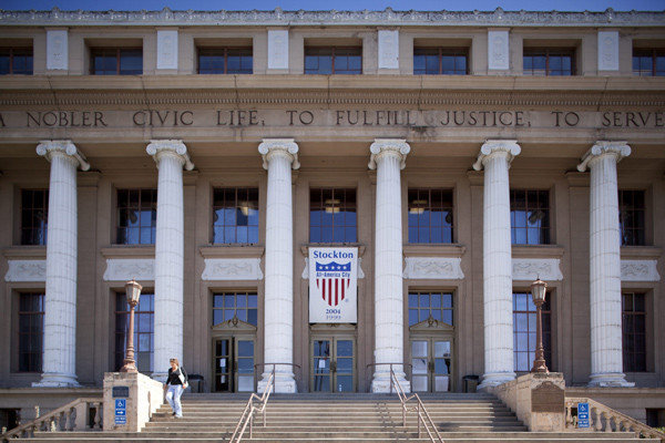 la-stockton-city-hall-20120702
